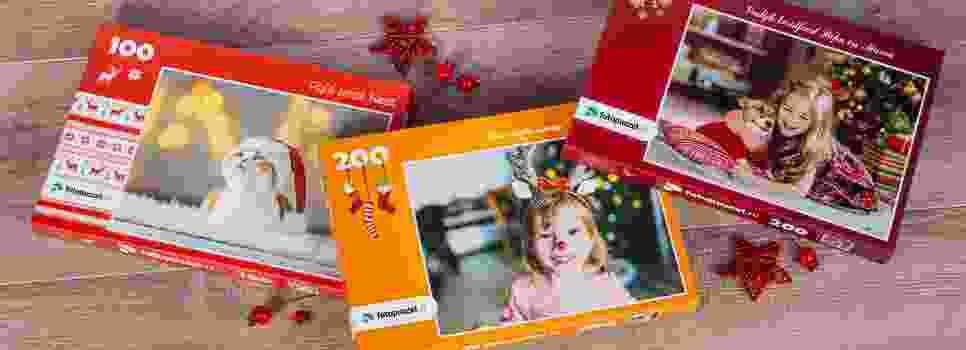 Puzzeldozen, feestelijk aangekleed voor de Kerst